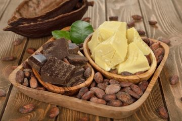 organic cocoa butter beans and mass